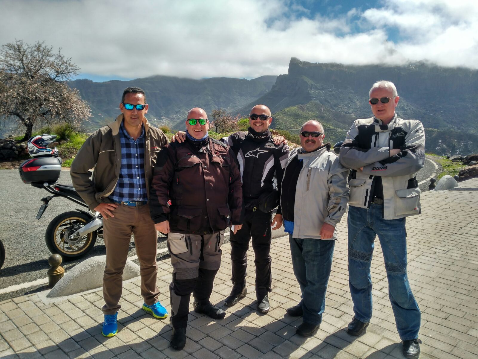 Great group ride out.